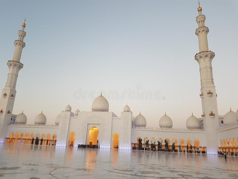 shekh zayed großartige Moschee lizenzfreie stockfotografie