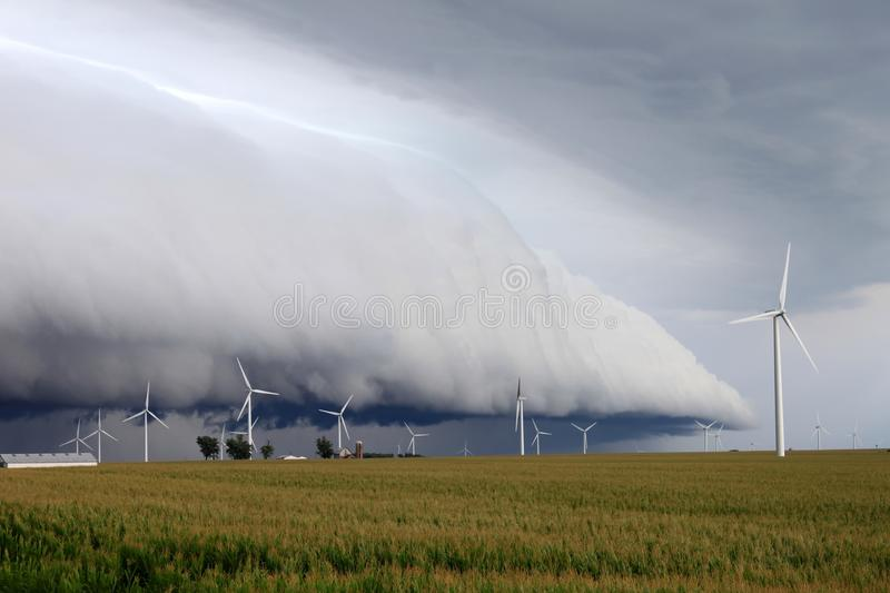 Download Shelf Cloud - Northern Illinois Stock Photo - Image of ominous, severe: 15069616