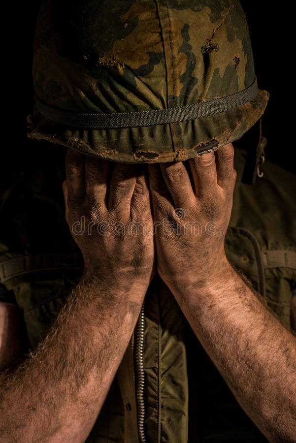Shell chocó al infante de marina de los E.E.U.U. - guerra de Vietnam foto de archivo libre de regalías