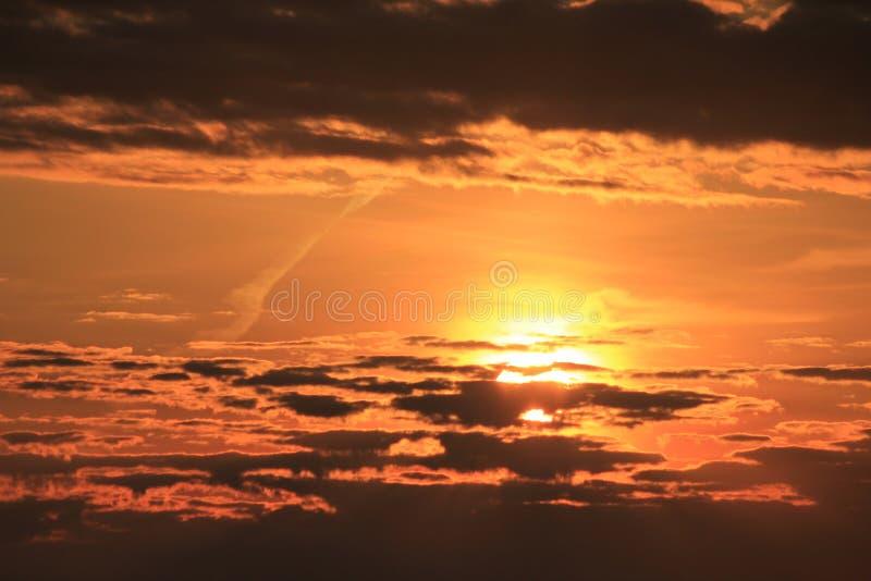 Shell Island, por do sol chillaxing do banho de sol do bronzeado de Florida fotos de stock