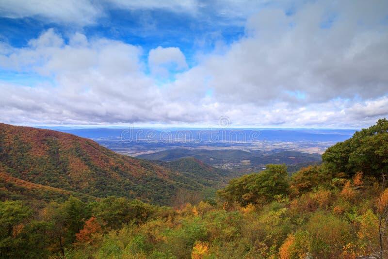 Shenandoah Valley Virginia Autumn stockbilder