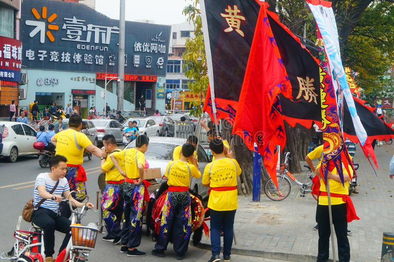 Shenzhen, Κίνα: Ομάδα χορού λιονταριών στοκ φωτογραφία με δικαίωμα ελεύθερης χρήσης