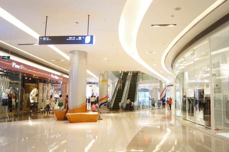 Shenzhen, China: große umfassende Einkaufszentren stockfotografie