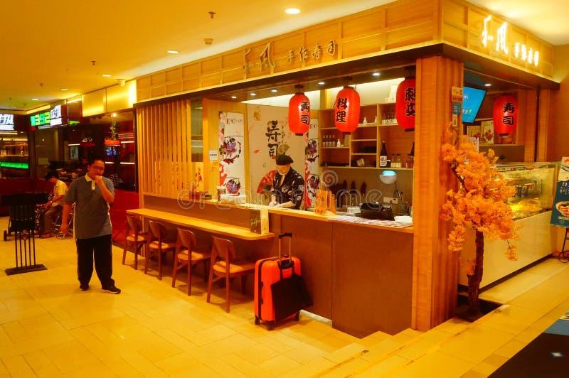 Shenzhen, China: het restaurant is in het ondergrondse winkelcomplex dichtbij de metropost stock fotografie