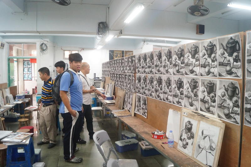 Shenzhen, China: high school students painting studio. High school students painting studio of the landscape, painting and painting students placed. Students' stock image
