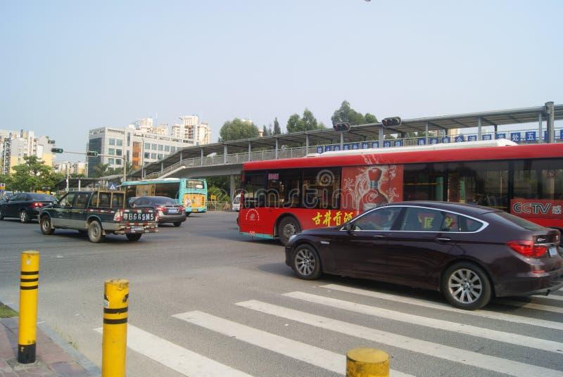 Shenzhen, China: stadsverkeer stock foto's