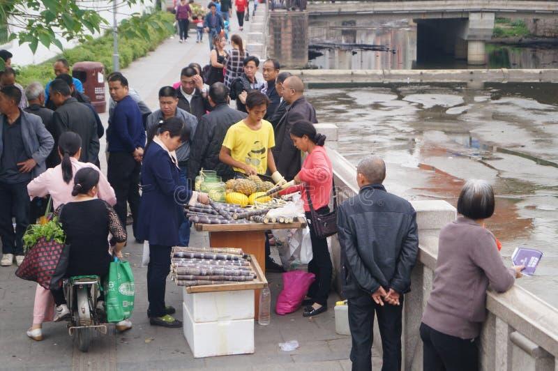 Shenzhen, China: straat verkopend suikerriet royalty-vrije stock foto