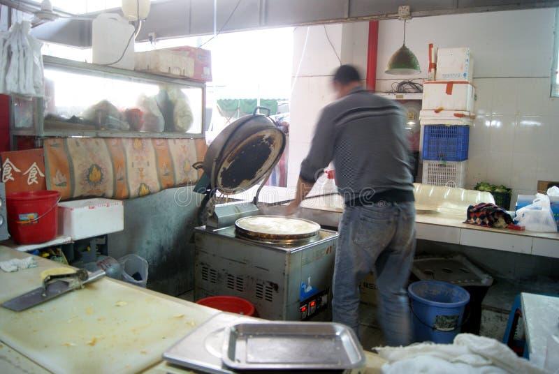 Shenzhen, China: tienda de la crepe imagenes de archivo