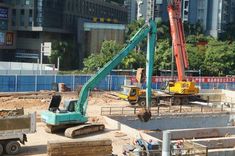 Shenzhen porslin: gångtunnelkonstruktionsplats royaltyfri fotografi