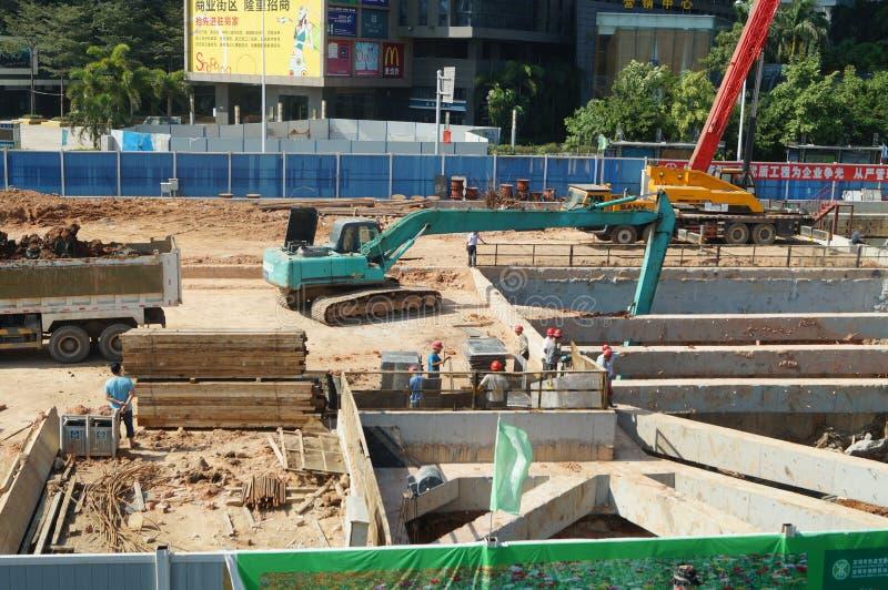 Shenzhen porslin: gångtunnelkonstruktionsplats royaltyfria bilder