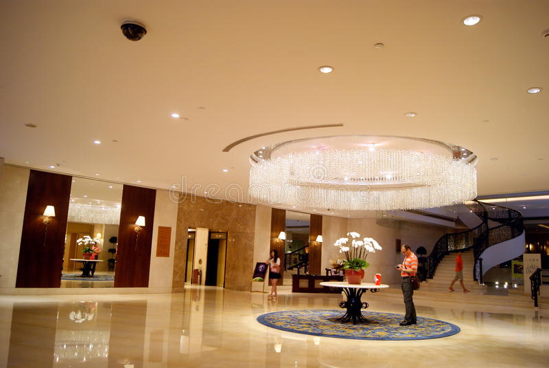 Shenzhen-Porzellan: Shangri-La Hotel-Innenlandschaft stockfoto