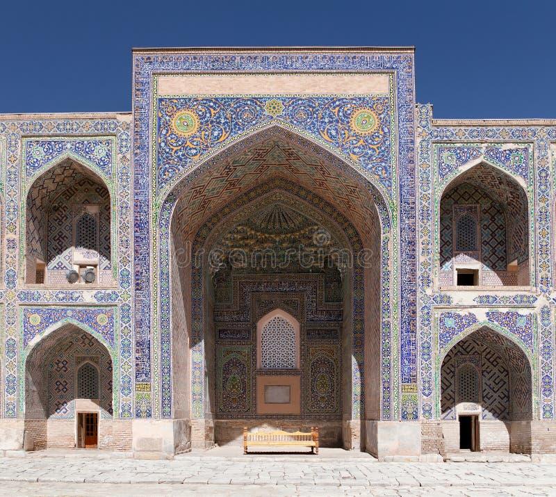 Sher Dor Medressa - Registan - Samarkand - Usbekistan stockfoto