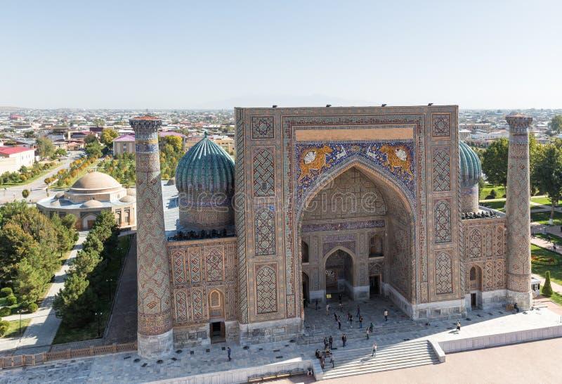 Sher-Dormadrasah in Samarkand stockfoto