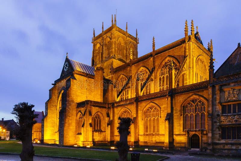 Sherborne abbotskloster på natten royaltyfri bild