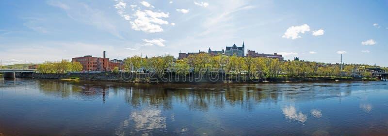 Sherbrooke, foto céntrica del panorama de Quebec imagenes de archivo