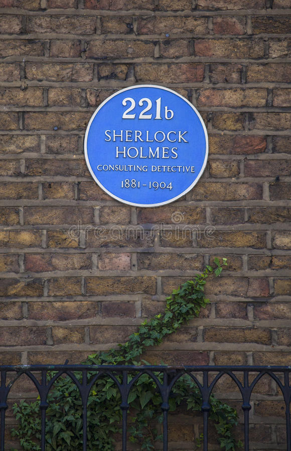Sherlock Holmes Blue Plaque in Baker Street. The blue plaque above 221b Baker Street in London - the home of ficitional character Sherlock Holmes stock photos