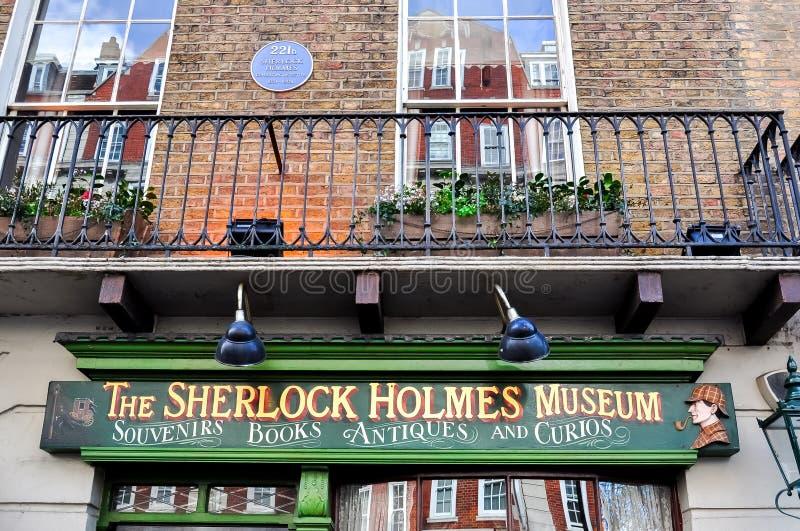 Sherlock Holmes museum på bagaregatan 221b, London, UK arkivfoto