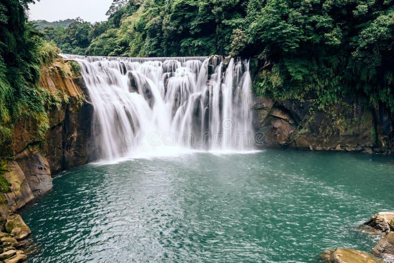 Shifen siklawa, Nowy Taipei, Tajwan fotografia royalty free