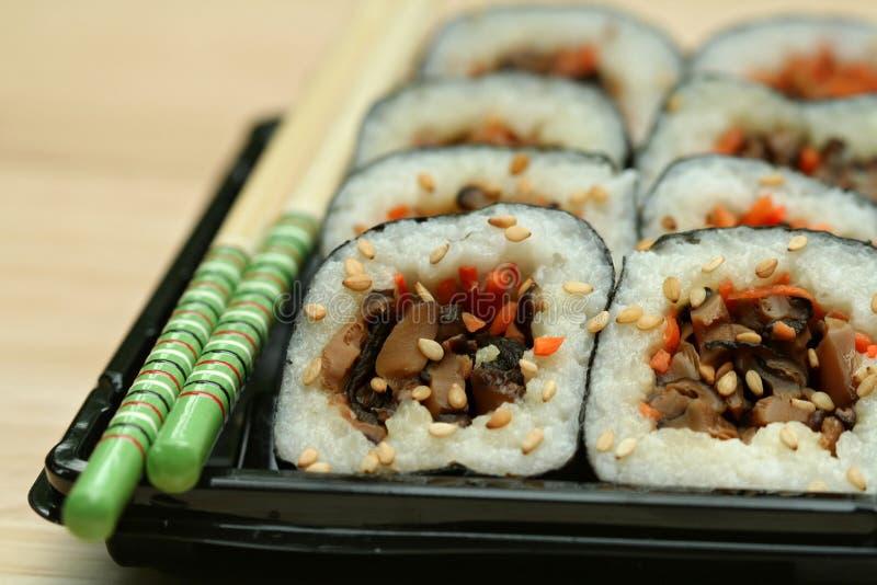 Shiitake-Pilz-Sushi stockfotografie