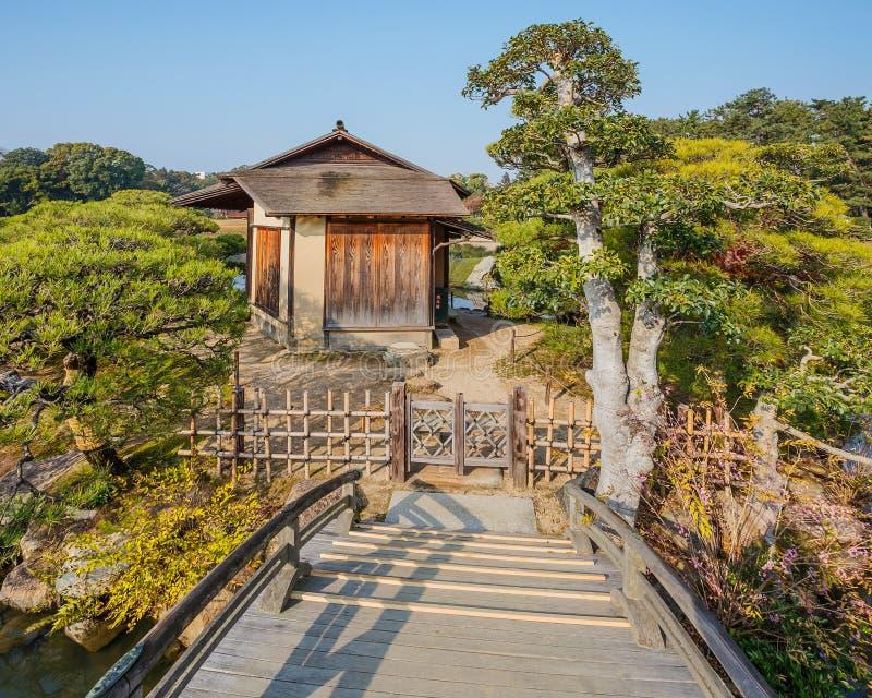 Shima-Jaya Teahouse bij koraku-Engelse tuin in Okayama stock afbeeldingen