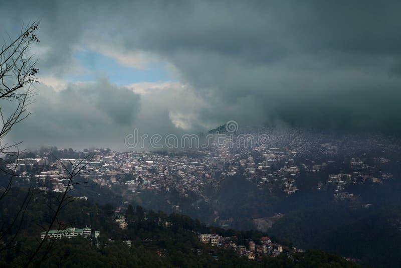 Shimla widok Od Chakkar zdjęcia stock