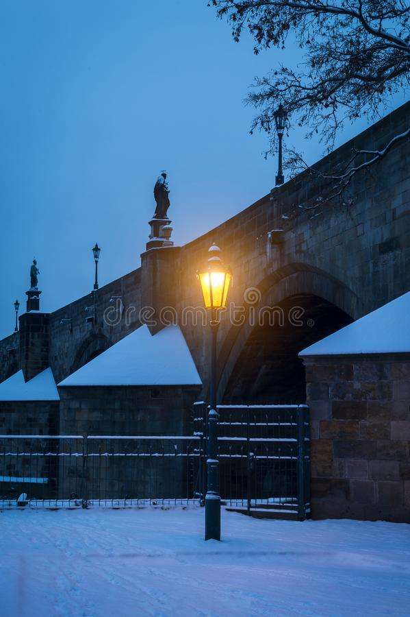 Free Shining Gas Lamp In The Prague City Centre Stock Images - 104184964