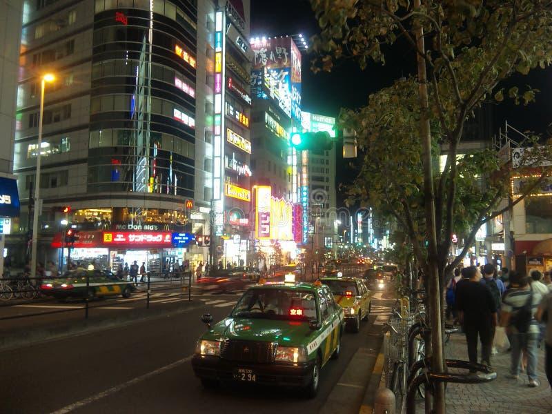 Shinjukustraat in de nacht royalty-vrije stock afbeeldingen