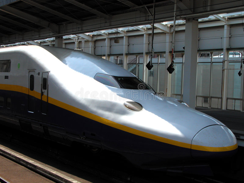 Shinkansen-E4 maximum stock afbeelding