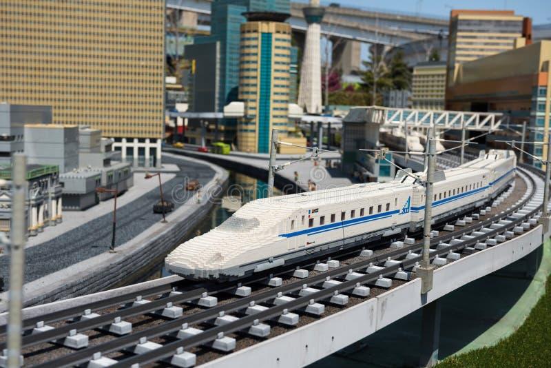 Shinkansen-lego Modell in Legoland, Nagoya lizenzfreie stockfotos