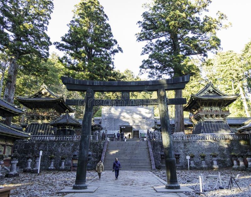 Shintoistischer Schrein Toshogu, Eingang zum inneren Tempel stockfotografie
