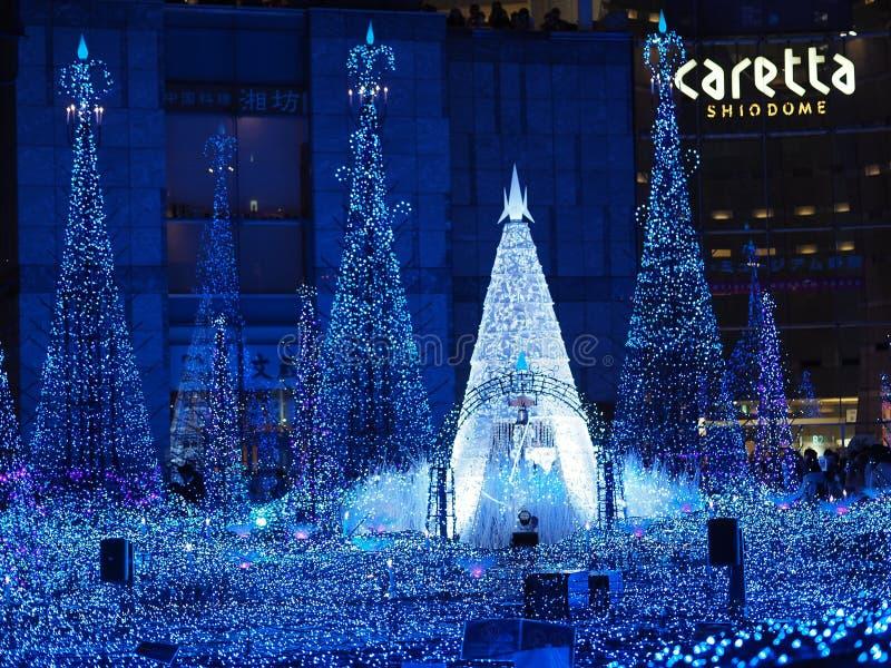 Shiodome-Caretta-Beleuchtung lizenzfreie stockfotografie