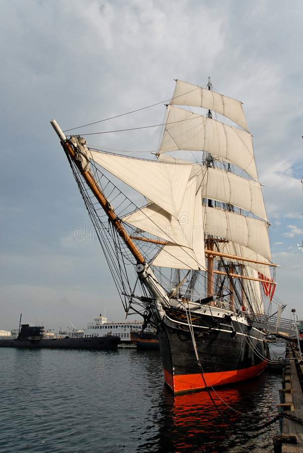 Free Ship Royalty Free Stock Photo - 1029375