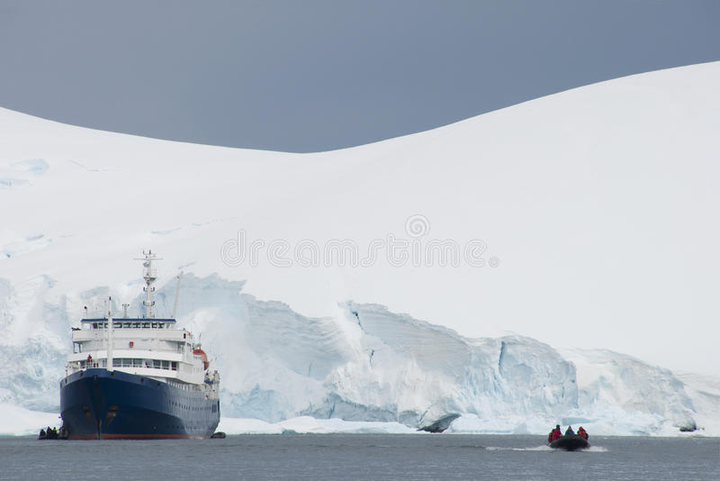 Download Ship And Boat Stock Image - Image: 26731181