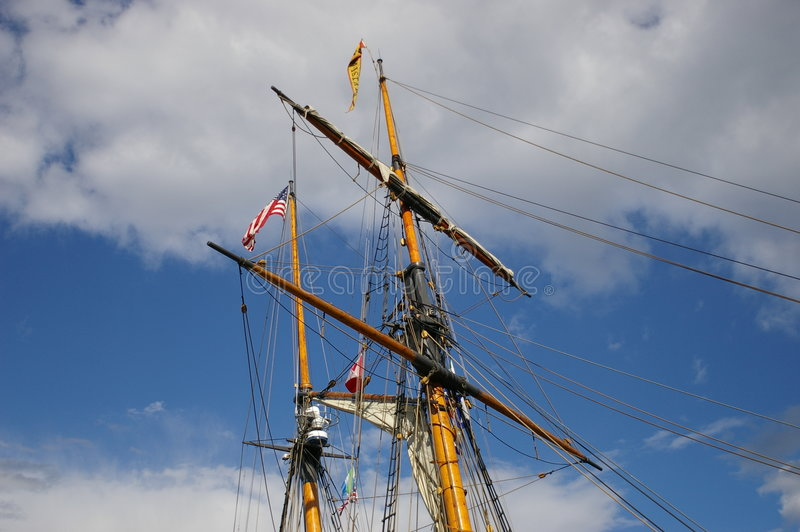 Download Ship Mast Royalty Free Stock Photos - Image: 3856688
