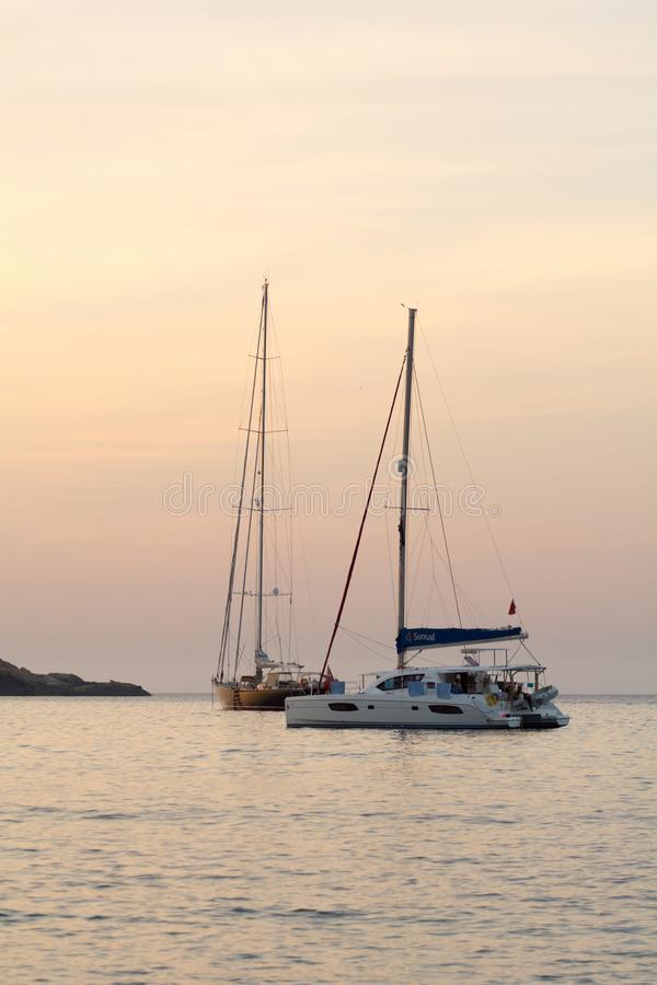 Ship in S`Illot d`es Rencli Beach, Portinatx, Ibiza, Islas Baleares, España royalty free stock photo