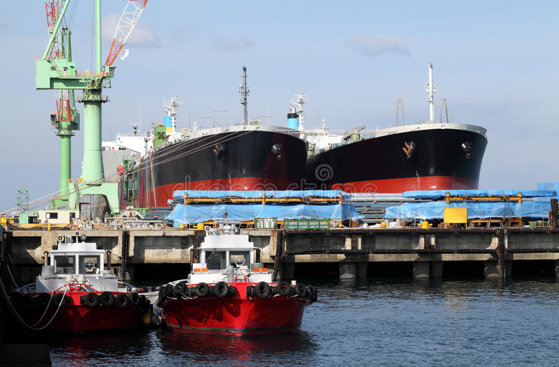 Download Ship yrad stock photo. Image of harbor, quay, crane, ship - 17421900