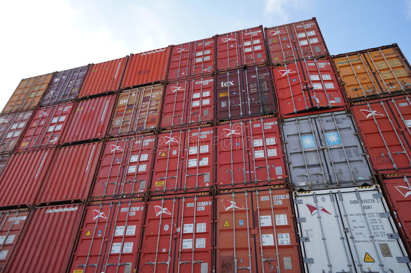Shipping containers, Port Everglades. TEU FFE dry reefer shipping containers Hamburg Sud stock image