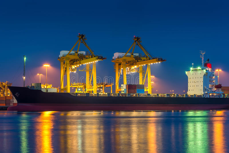 Download Shipping Port Royalty Free Stock Photography - Image: 36366957