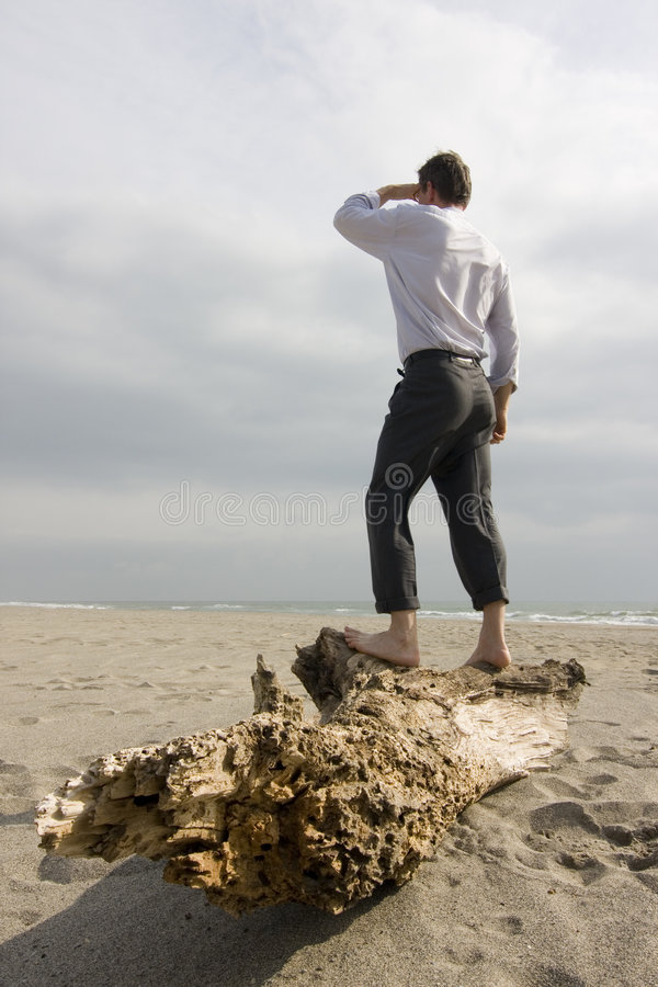 shipwrecked бизнесмен стоковое изображение rf