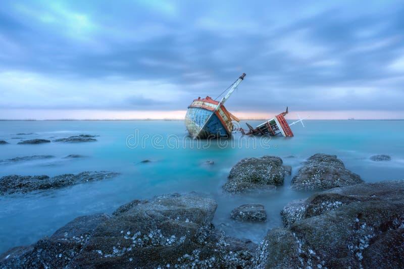 shipwrecks fotos de stock royalty free