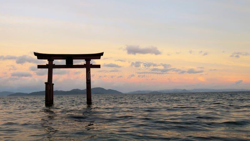 Shirahige tori w Jeziornym Biwa w Japonia zdjęcie stock