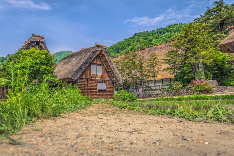 Shirakawa-ga - 27 Mei, 2019: De traditionele gebouwen van het dorp van shirakawa-gaan, Japan royalty-vrije stock fotografie