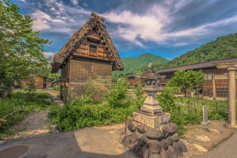 Shirakawa-vaya - 27 de mayo de 2019: Los edificios tradicionales del pueblo de Shirakawa-van, Japón imagen de archivo