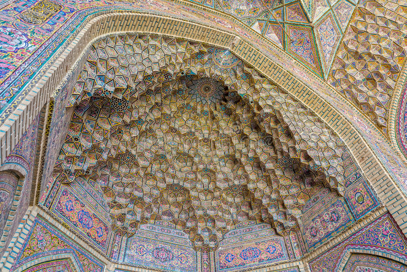 Shiraz Mosque Cells av himmel arkivbild