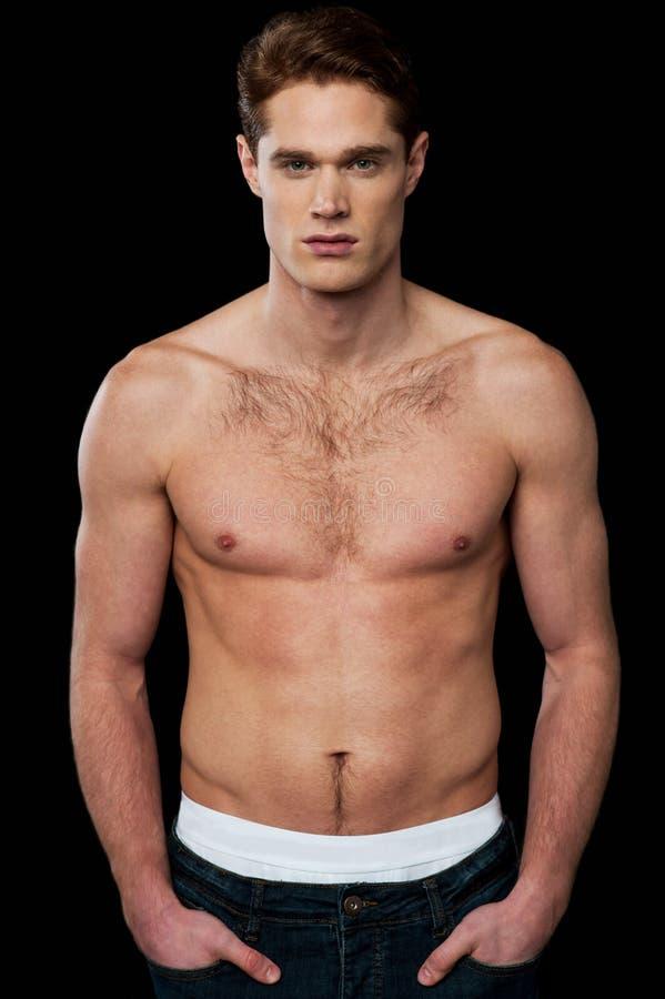 Shirtless ung manlig man royaltyfri bild