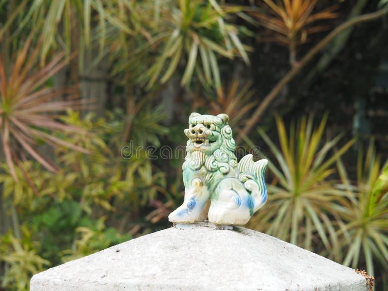 Shisa - λιοντάρι φυλάκων στη Οκινάουα, Ιαπωνία στοκ εικόνες με δικαίωμα ελεύθερης χρήσης