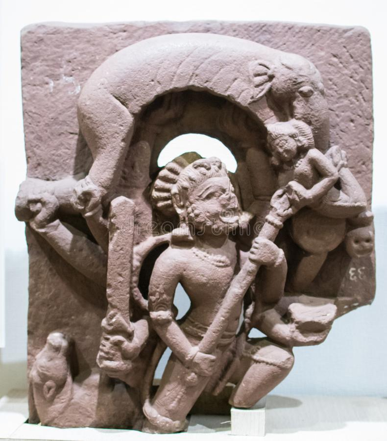 Shiva Sculpture Gajasur Killing India stock foto