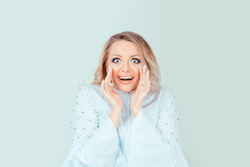 Shocked surpreendeu a mulher chocado fotografia de stock