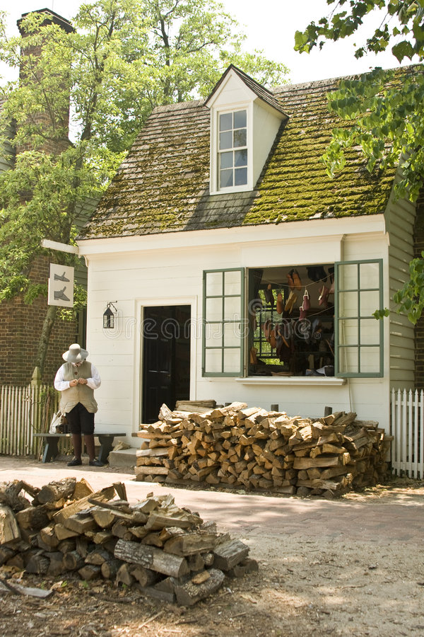 Shoemaker in Colonial Williamsburg royalty free stock photography