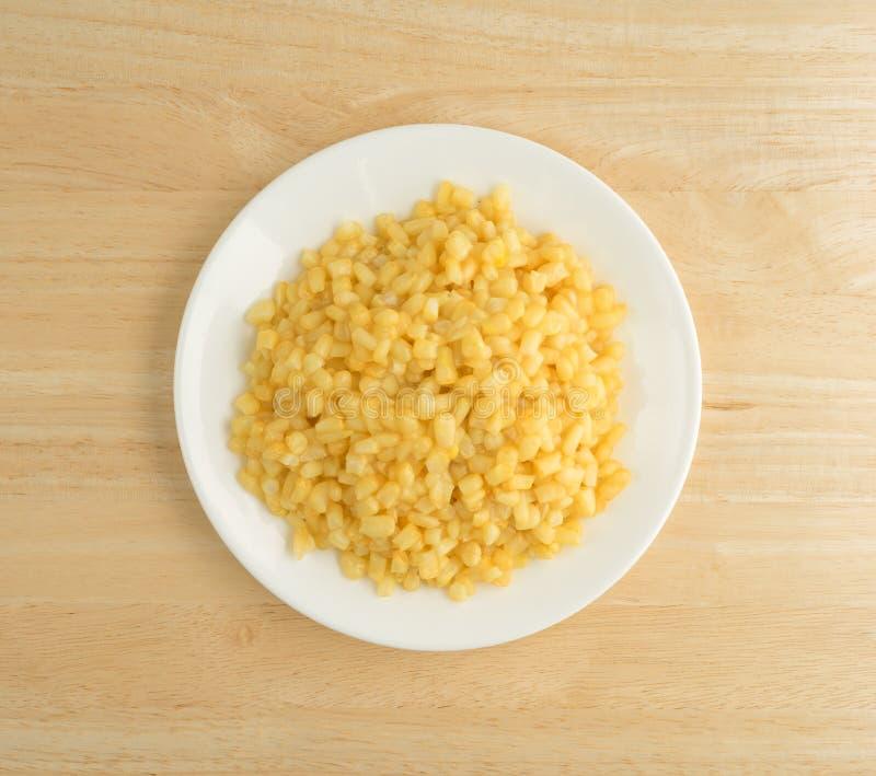 Shoepeg wit graan met een botersaus op een schotel royalty-vrije stock afbeelding